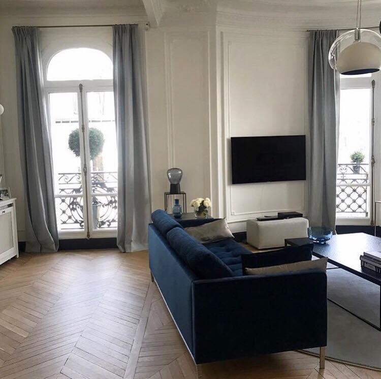 Mise en couleur dans un appartement parisien avenue de wagram - Couleur dans une chambre ...